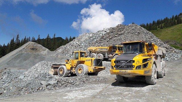 Dump Truck Financing in AMERICA